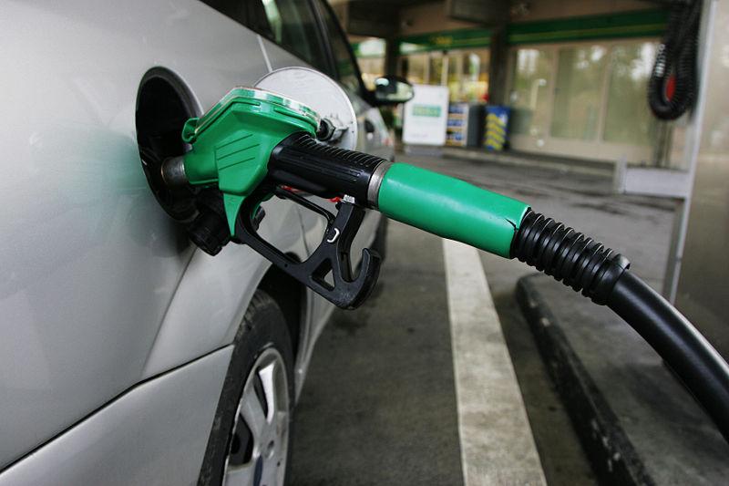 Qué le pasa a un coche diesel si le echas gasolina